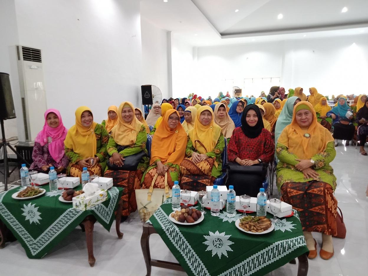 Peresmian Gedung Nyai Walidah dihadiri oleh Ketua PWA Jatim dan Ibu Wakil Walikota Probolinggo terpilih